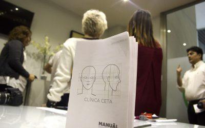 Técnicas de vanguardia: el personal de Clínicas Ceta realiza un curso de fotografía especializado en el 'antes y después' de pacientes de injerto de pelo